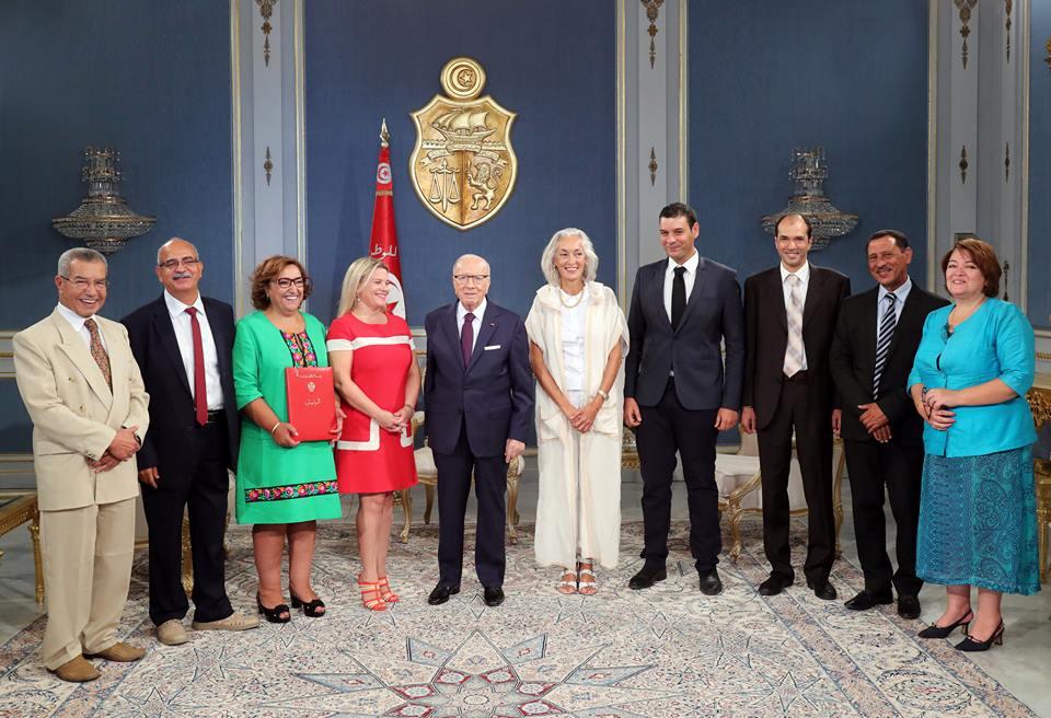 لتشريع زواج التونسيات المسلمات بغير المسلمين والمساواة في الارث: احداث لجنة خاصة بالحريات الفردية والمساواة