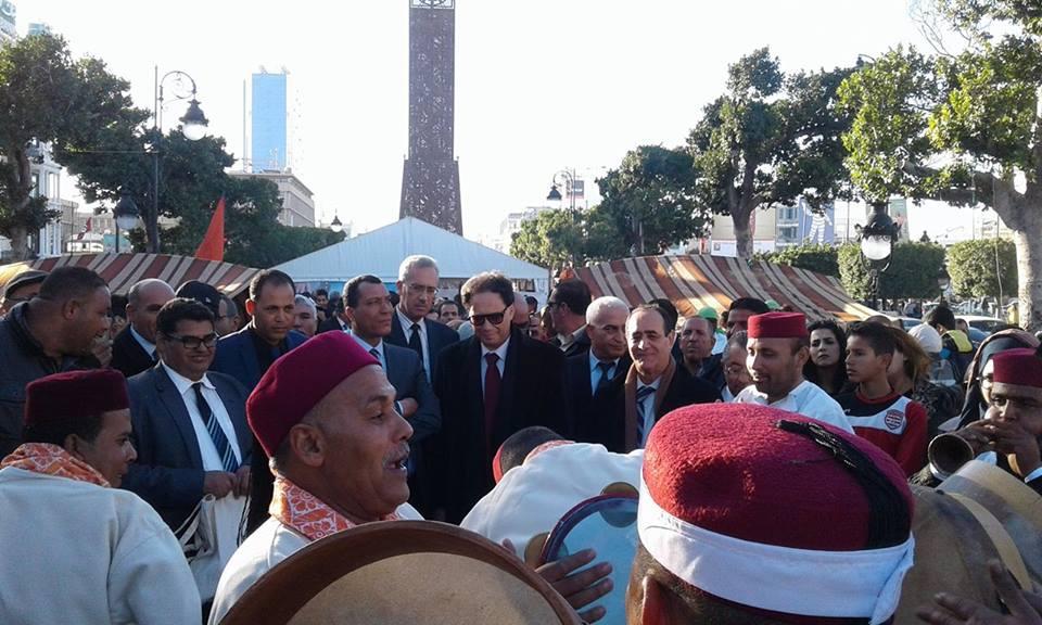 والي تونس يشرف على إفتتاح المهرجان الدولي للواحات بتوزر في دورته 39