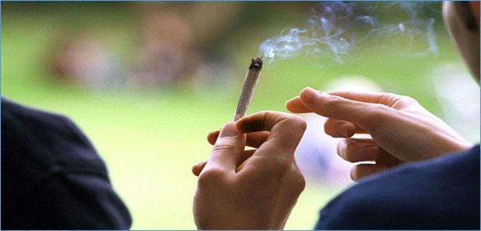خطير: ارتفاع نسبة استهلاك المخدرات في الوسط المدرسي..ووزير الصحة يطلق صيحة فزع!