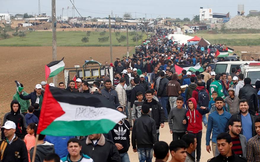 مسيرة العودة: استشهاد 18 فلسطينيا برصاص الاحتلال على حدود غزة