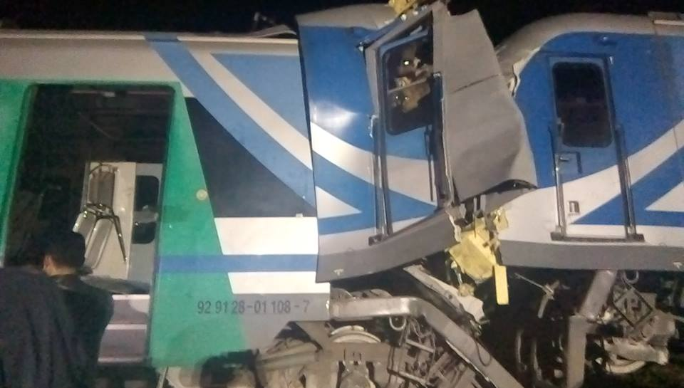 بن عروس: قتيل و60 جريح في حادث اصطدام بين قطارين لنقل المسافرين
