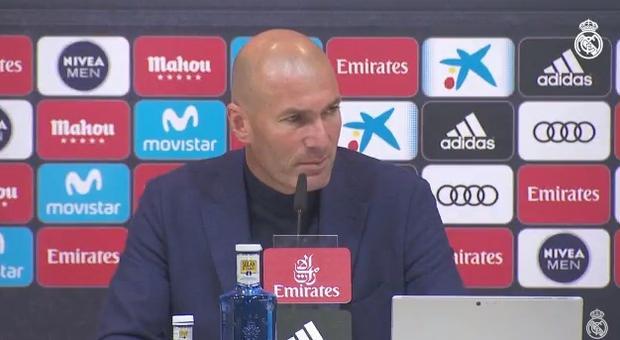 زين الدين زيدان يستقيل من تدريب ريال مدريد!