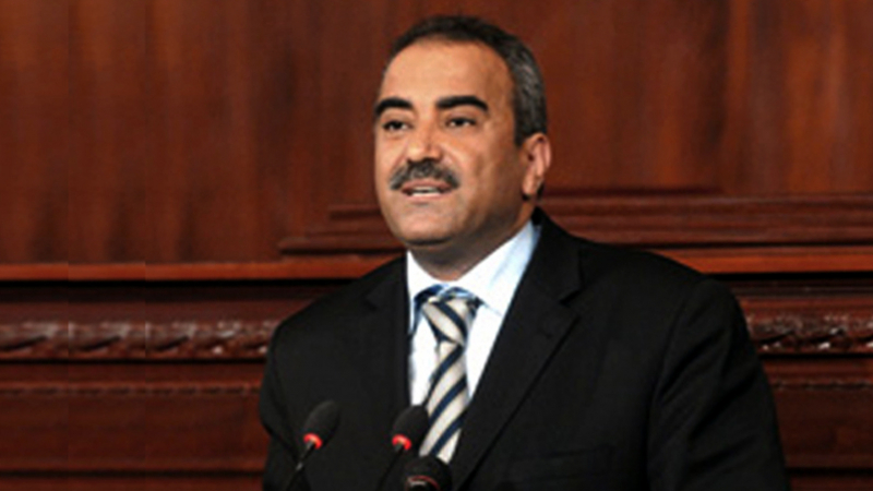 رغم انهيار الدينار: وزير المالية يؤكّد تطوّر الموارد المالية العمومية