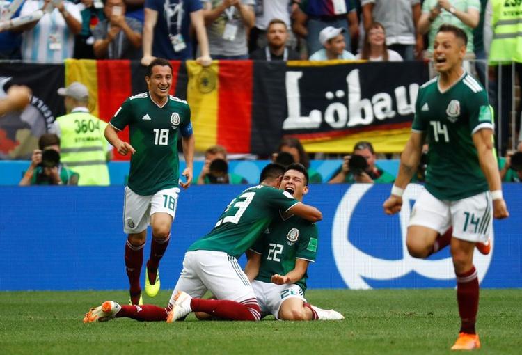 بتكتيك الكاتيناتشو: المكسيك تنتصر على ألمانيا 1-0 وتربك حسابات المانشافت!