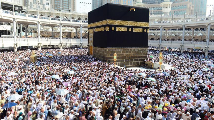 السعودية تستثني القطريين من التسجيل الإلكتروني لأداء العمرة!