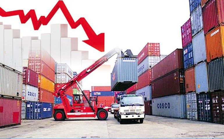 خلال أربعة أشهر: العجز التجاري التونسي يتجاوز ملياري دولار!!