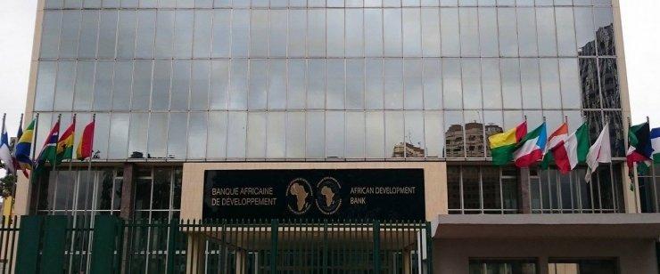 من أجل تعصير القطاع المالي: البنك الافريقي للتنمية يقرض تونس 120 مليون أورو