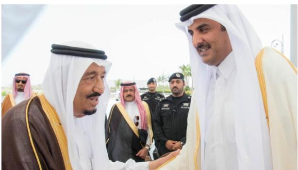 بعد فشل الحصار على قطر: الملك سلمان يدعو الشيخ تميم لحضور القمة الطارئة لمجلس التعاون الخليجي
