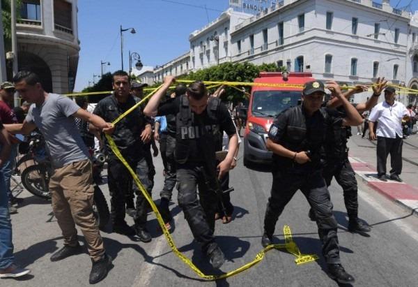 """رئيس """" لوريا الدولية """" يعلن على انحياز منظمته للقوات الامنية و العسكرية في مقاومة الارهاب و يجدد دعوته الى تدويل الصندوق الذي احدثته تونس في االغرض …"""