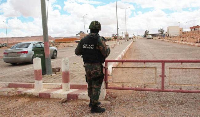 على حدود ليبيا: وحدات الحرس تطلق النار على شاحنات تهريب