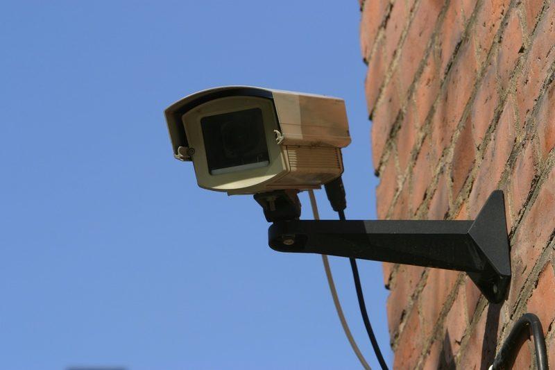 كاميرا المراقبة تطيح بمرتكب عمليةالسطو على بنك بدار شعبان