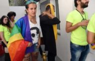 الإعلام الإماراتي يشوّه المجتع التونسي ويعتبره مجتمع مثلي وشاذ جنسيا!!