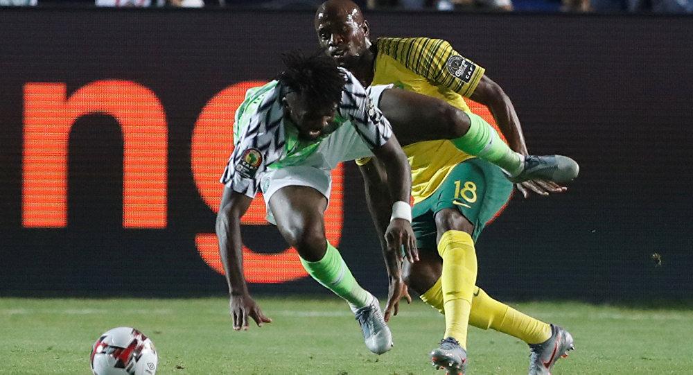 كٲس افريقيا للٲمم: نيجيريا تغتال حلم جنوب افريقيا.. وتصعد للنصف النهائي