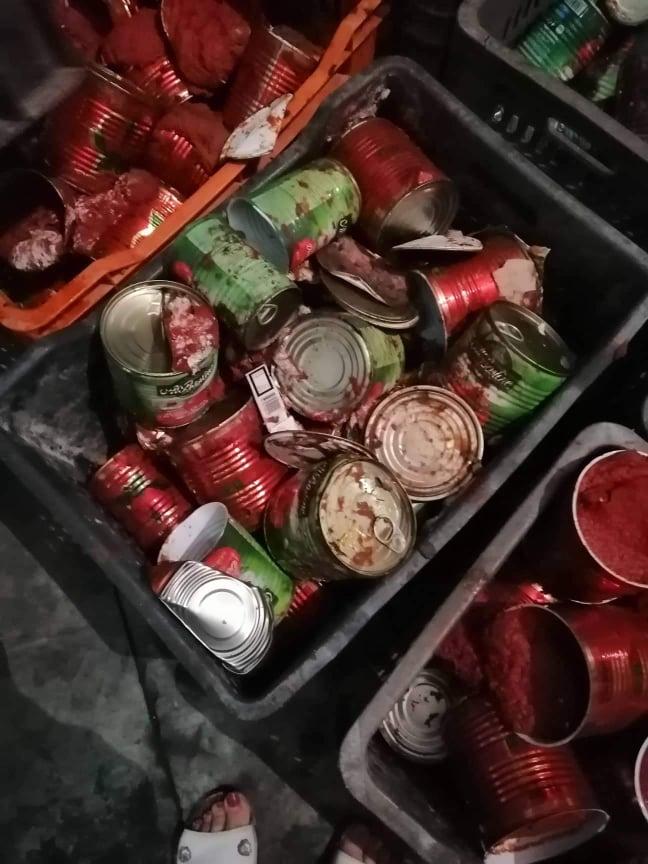 كارثة صحية: معمل طماطم في ولاية نابل يرسكل 40 ألف علبة طماطم منتهية الصلوحية!!