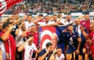 المنتخب التونسي لكرة الطائرة يهدي لقبه الافريقي العاشر الى روح الباجي قائد السبسي