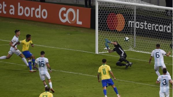 البرازيل تطيح بالأرجنتين وتتأهل لنهائي كوبا أمريكا.. ولعنة التانغو تلاحق ميسي!!