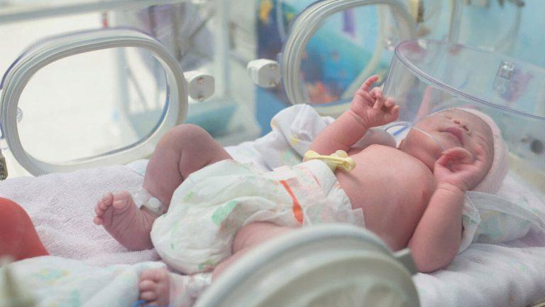 حقيقة بيع الرضع في جندوبة: وزارة الصحة على الخط