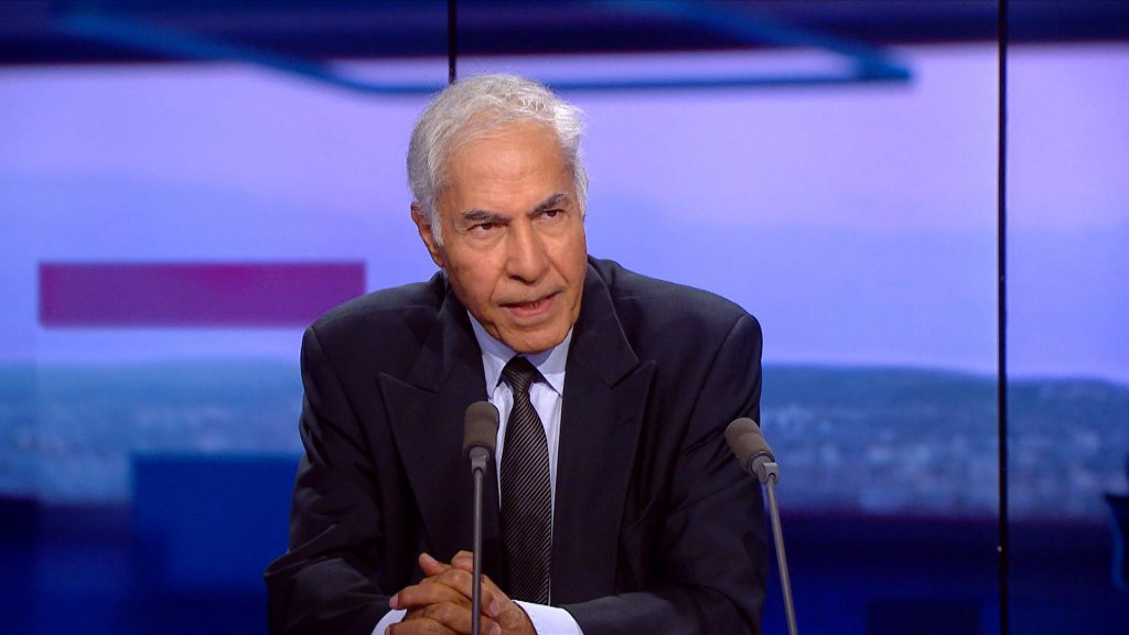 بعد لقائه بسلمى اللومي أمس: أحمد فريعة ينفي إنضمامه إلي أي حزب