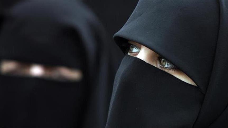 من بينها تونس /قائمة الدول التي تحظر ارتداء النقاب