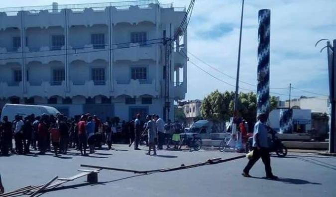 سيدي بوعلي..تمزيق وحرق صور بعض المترشّحين للرئاسيّة