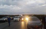 محتجّون يغلقون الطريق السيّارة تونس - بنزرت