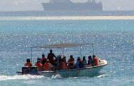 """جيش البحر ينقذ 16 """"حارقا"""" بسواحل جرجيس"""