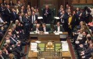 القبض على عضوين بمجلس العموم البريطاني متلبسين بسرقة أثاث البرلمان!