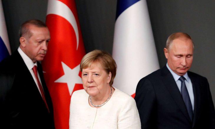 ميركل تبحث مع أردوغان وبوتين الحل الدبلوماسي في ليبيا