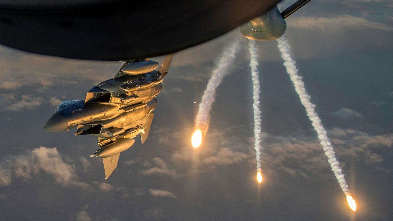 عشرات القتلى والجرحى في قصف أمريكي لقواعد حزب الله العراقي