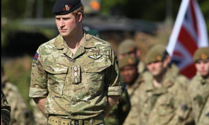 سرقة أسلحة من الجيش البريطاني وبيعها عبر الإنترنت
