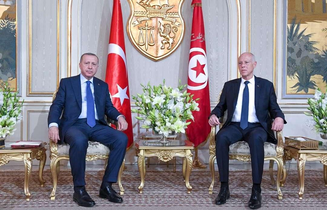 أحزاب سياسية تونسية تعبر عن توجسها من زيارة أردوغان