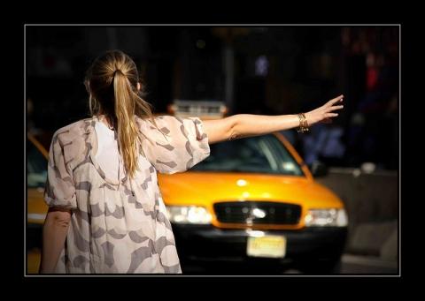 (سوسة) سائق تاكسي يحوّل وجهة فتاة ويغتصبها ...