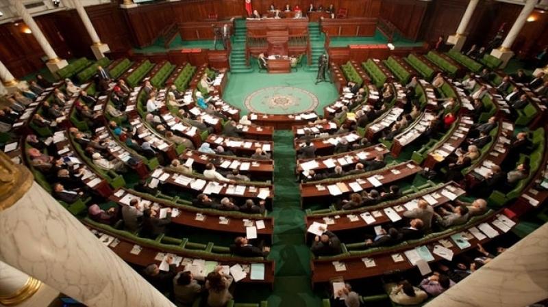 البرلمان: فوضى وتراشق بالتهم ورفع الجلسة العامة