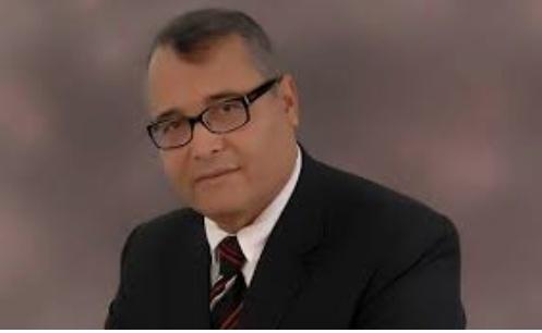 توفيق الراجحي يستقيل من حكومة الشاهد