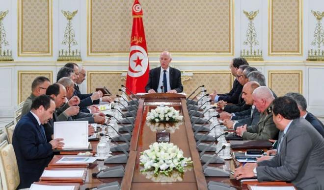 قيس سعيد: الأوضاع في ليبيا مرشّحة لمزيد التعقيد!!