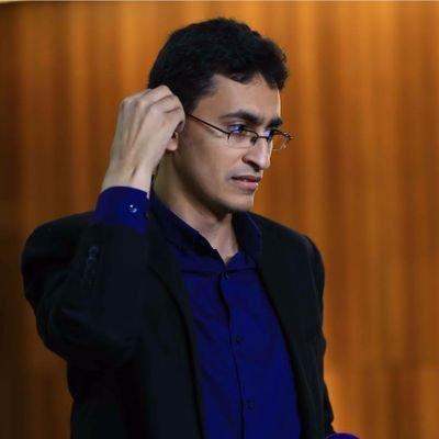 الصحفي عمرو نجيب فهمى يغوص في تفاصيل