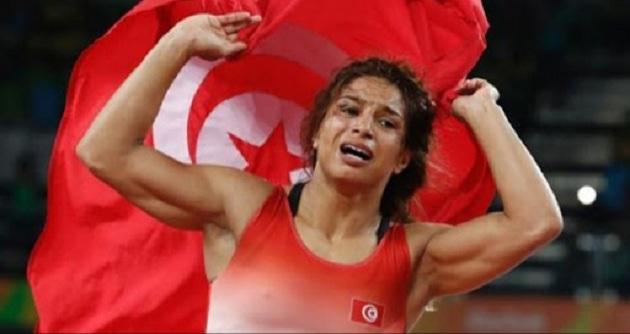 التونسية مروى العمري تُتوّج ببطولة إفريقيا للمصارعة