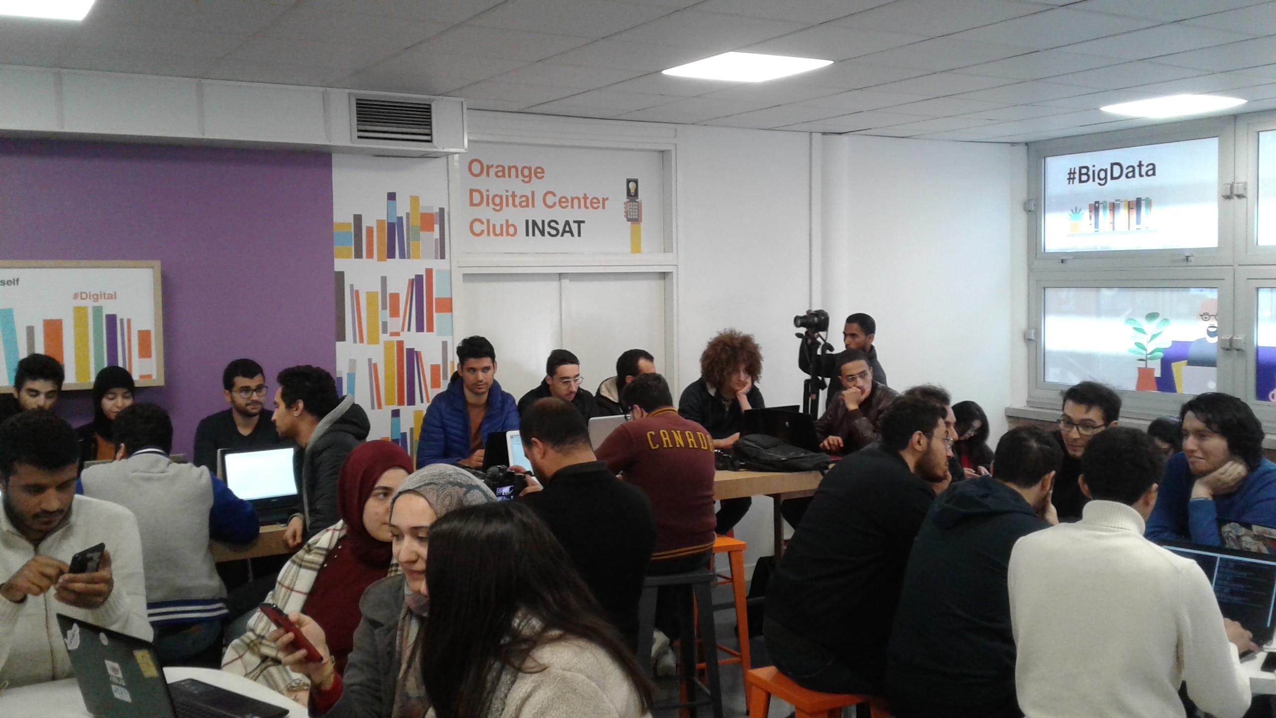 بالفيديو: افتتاح  Orange Digital Club Center INSAT