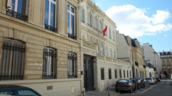 القنصليّة العامّة بباريس تُصدر بلاغا بخصوص التونسيّين المتوفّين بفيروس كورونا