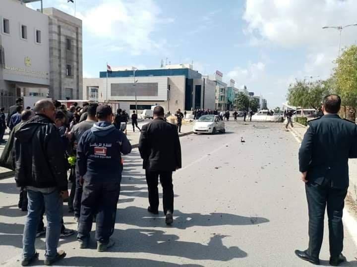 عاجل وبالصور: تفجير ارهابي قرب السفارة الأمريكية