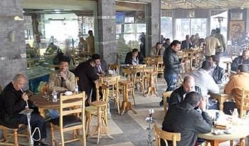 اصحاب المطاعم يقررون فتح محلاتهم للعموم خلال فترات النهار في شهر رمضان