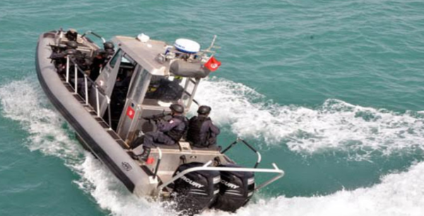 جيش البحر يُنقذ 26