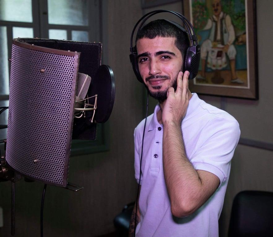 (بالفيديو و الصور) هذا جديد  الفنان الشاب رشيد جعفر