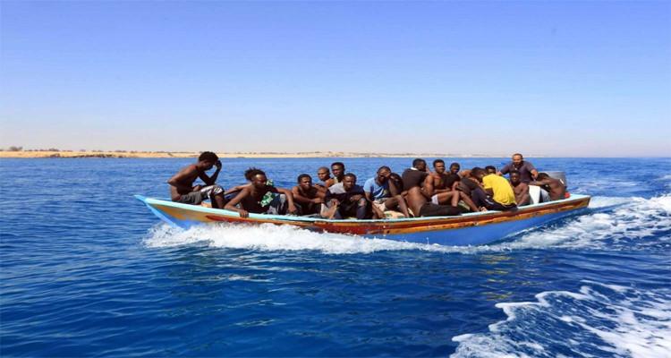 المهدية: القبض على 38 شخصا كانوا يعتزمون اجتياز الحدود البحرية خلسة..