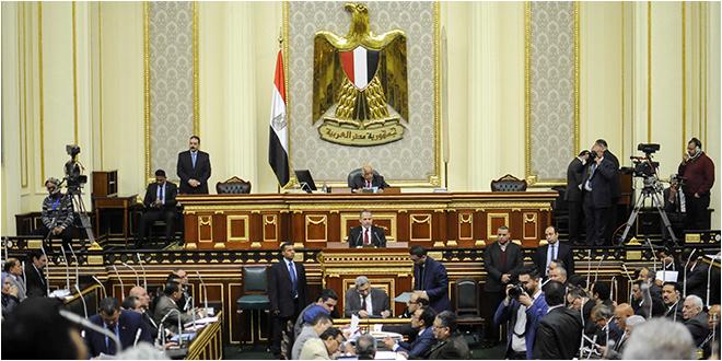 البرلمان المصري يسمح بإرسال قوات عسكرية إلى الخارج