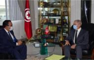 وزير الدفاع الوطني يستقبل سفير دولة قطر بتونس