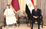 على هامش مؤتمر بغداد: أمير قطر يلتقي بالسيسي و حاكم الامارات!!