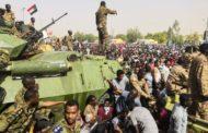 السودان: تحركات عسكرية واعتقال أغلب أعضاء مجلس الوزراء !!